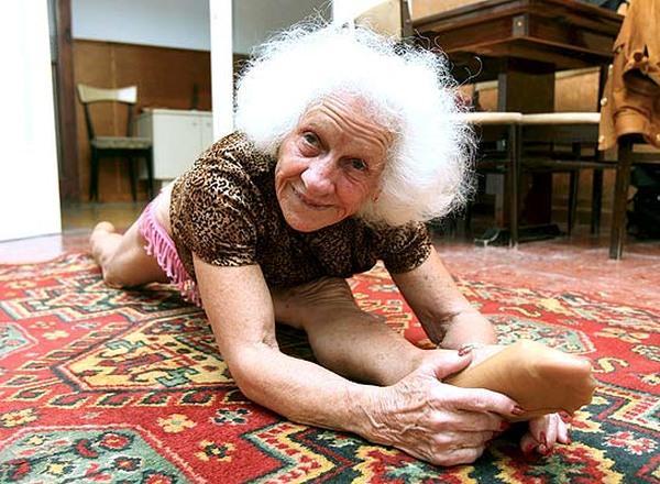 фото видео голых бабушек